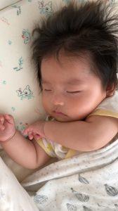 生後5ヵ月の赤ちゃんの寝顔